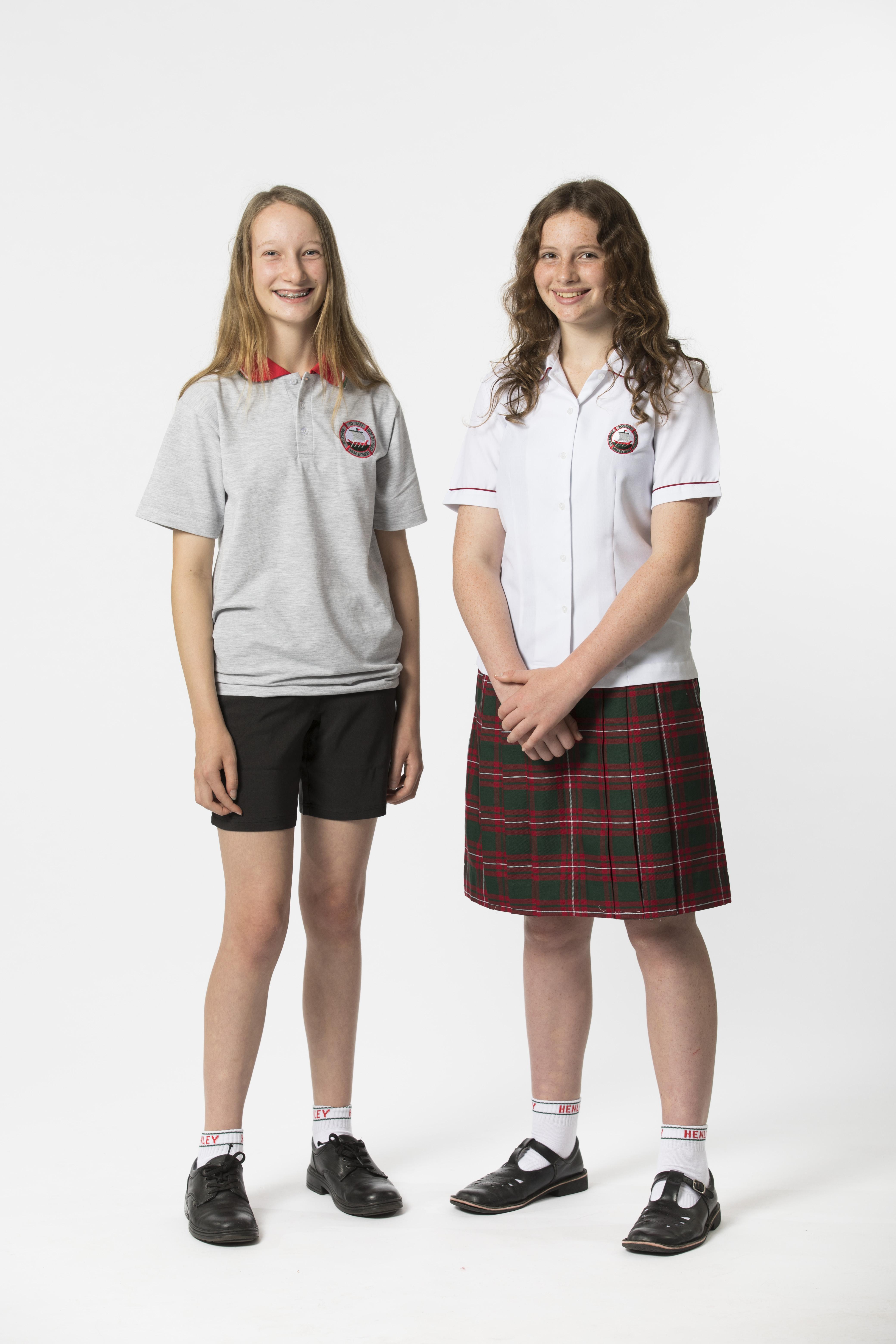 8768c96c52f School Summer Dress With Shorts - Gomes Weine AG